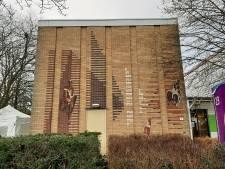 Gaat kunstwerk van Berend Hendriks in zijn eigen Apeldoorn tegen de vlakte?