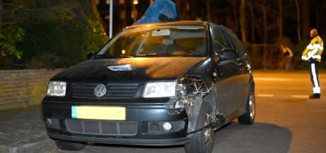 Automobilist vlucht na aanrijding op de Graafseweg in Nijmegen