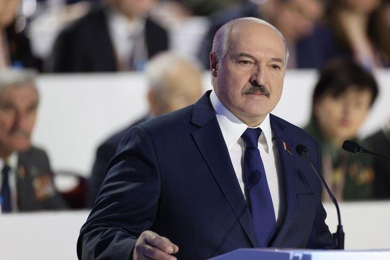 De Belarussische president Alexandr Loekasjenko zou ontkomen zijn aan een aanslag, zegt de Russische geheime dienst FSB. Beeld EPA