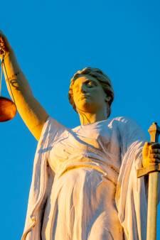 Vinkevener met wapens en drugs ook verdacht van witwassen