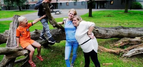 Buren Leonie en Cynthia werden in korte tijd beste vrienden: 'Onze zoons hebben zelfs dezelfde naam'