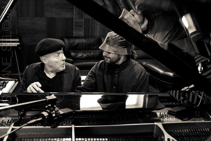 Arno en de Franse pianist Sofiane Pamart.