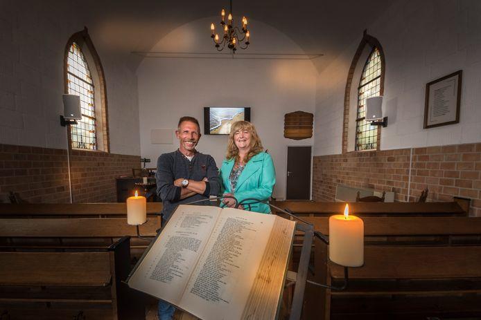 Marc en Ellen Timmer in hun Parelkerk.