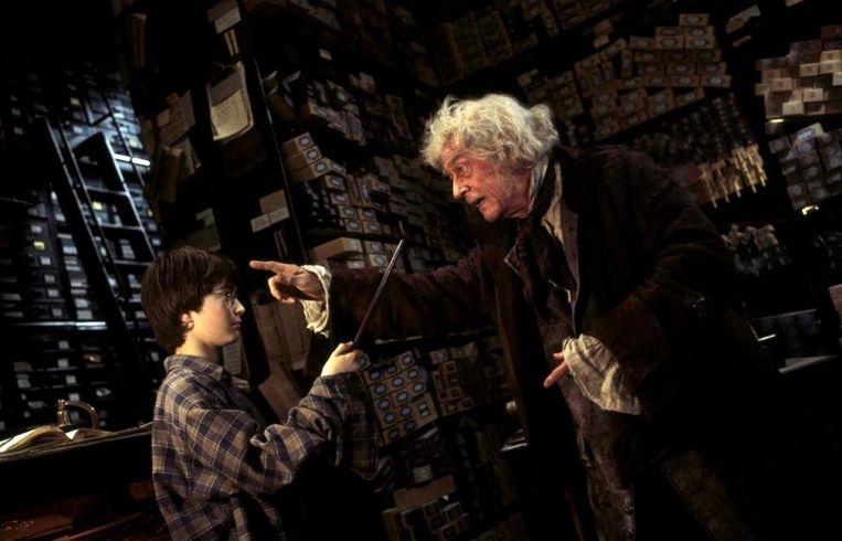 Mr. Ollivander in de Harry Potterfilms was een rol waarmee Hurt ook bij het jonge publiek bekend werd. Beeld rv