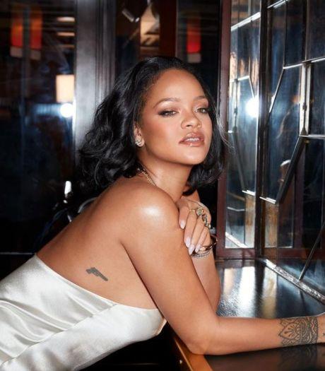 Rihanna succombe de nouveau à sa coupe de cheveux iconique du début des années 2010
