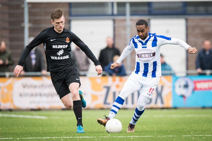 Luís Pedro in het shirt van FC Lienden vorig seizoen. Hij maakte het jaar niet af bij de Liendense club.