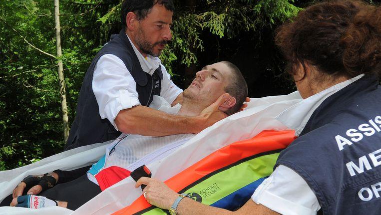 Jurgen van den Broeck liep verschillende breuken op bij een zware val in de negende etappe van de Tour. Beeld AFP