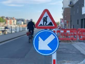 Studenten opgeroepen om gestolen verkeersborden te verzamelen op Sint-Pietersplein