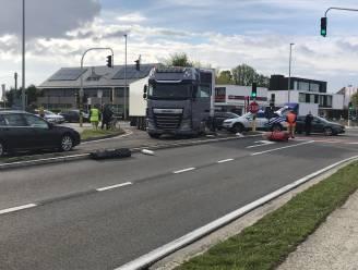 Fietsster (61) in levensgevaar na aanrijding met vrachtwagen in Lochristi