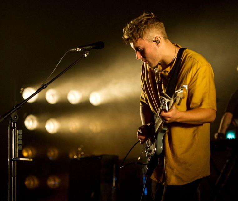 Sam Fender live in de O2 Academy in Brixton, Londen, op  25 september 2021. Beeld Photo News