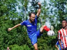 Ook in quarantaine was voetballer Niels Fleuren van waarde voor TOP Oss: 'Kon alleen geen shirtjes drukken'