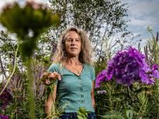 Voor Herma is kleurrijke theetuin tussen Deventer en Olst 'één grote oefening'