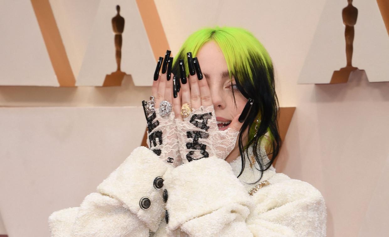 Billie Eilish op de Oscar-uitreiking vorig jaar.  Beeld AFP