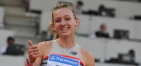 Ontketende Femke Bol noteert wéér Nederlands record: 'Denk dat ik nog wel sneller kan'