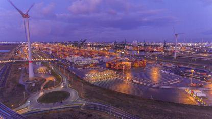 Meer veiligheid en duurzaamheid in Antwerpse haven dankzij 1.300 slimme ledlampen