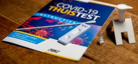 Op jacht naar corona-zelftest in de Drechtsteden, maar apotheken hebben ze niet: 'Misschien eind april pas'