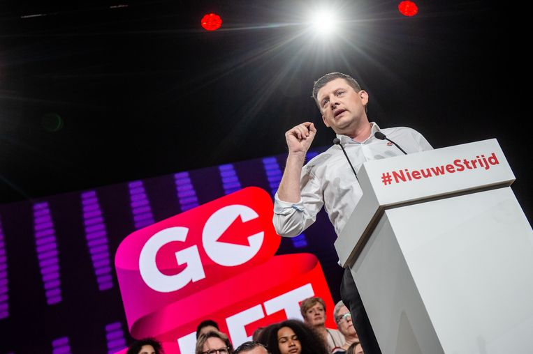 Sp.a-voorzitter John Crombez tijdens 'Go Left'.