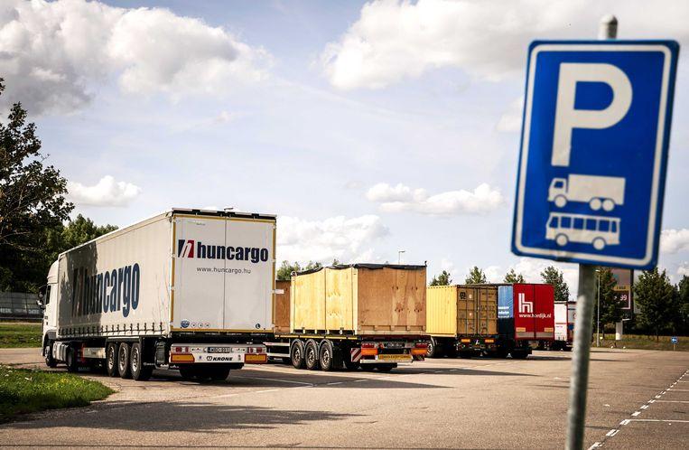 Vrachtwagenchauffeurs zijn vaak slachtoffers van arbeidsuitbuiting. Maar dat leidt zelden tot een zaak, aldus FNV. Beeld ANP