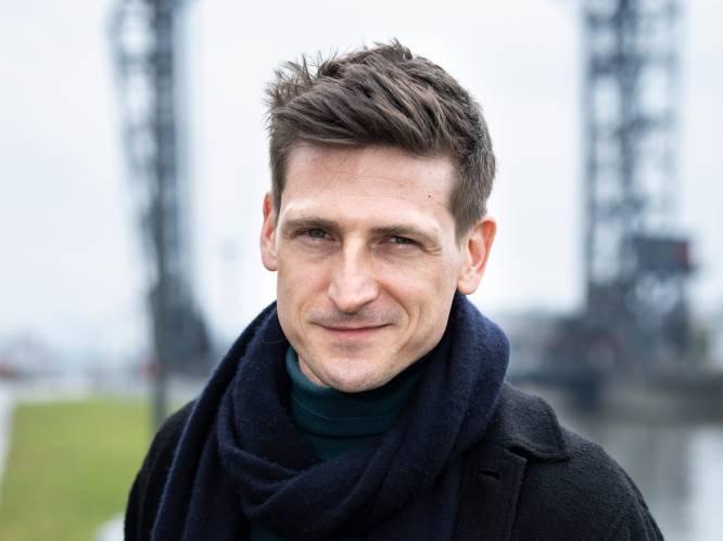 """'Thuis'-acteur Jeroen Lenaerts had moeite om een eigen identiteit te vinden: """"De overgang naar de volwassenheid heb ik moeilijk verteerd"""""""