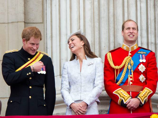"""Waarom Kate Middleton prins Harry zo graag terug in haar leven wil: """"Ze is de perfecte scheidsrechter in dit fiasco"""""""