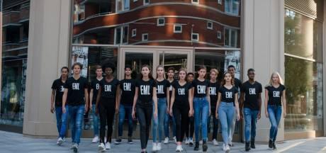 Romeo zit in de finale van Elite Model Look: 'Trots dat ik Dordrecht mag vertegenwoordigen'