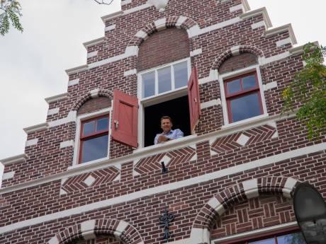 Ooit zaten er boeven, straks drink je koffie in het oude gemeentehuis van Zaamslag