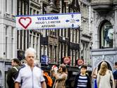 Rood Nederland versoepelt sneller dan groen Duitsland: 'Ik houd mijn hart vast'