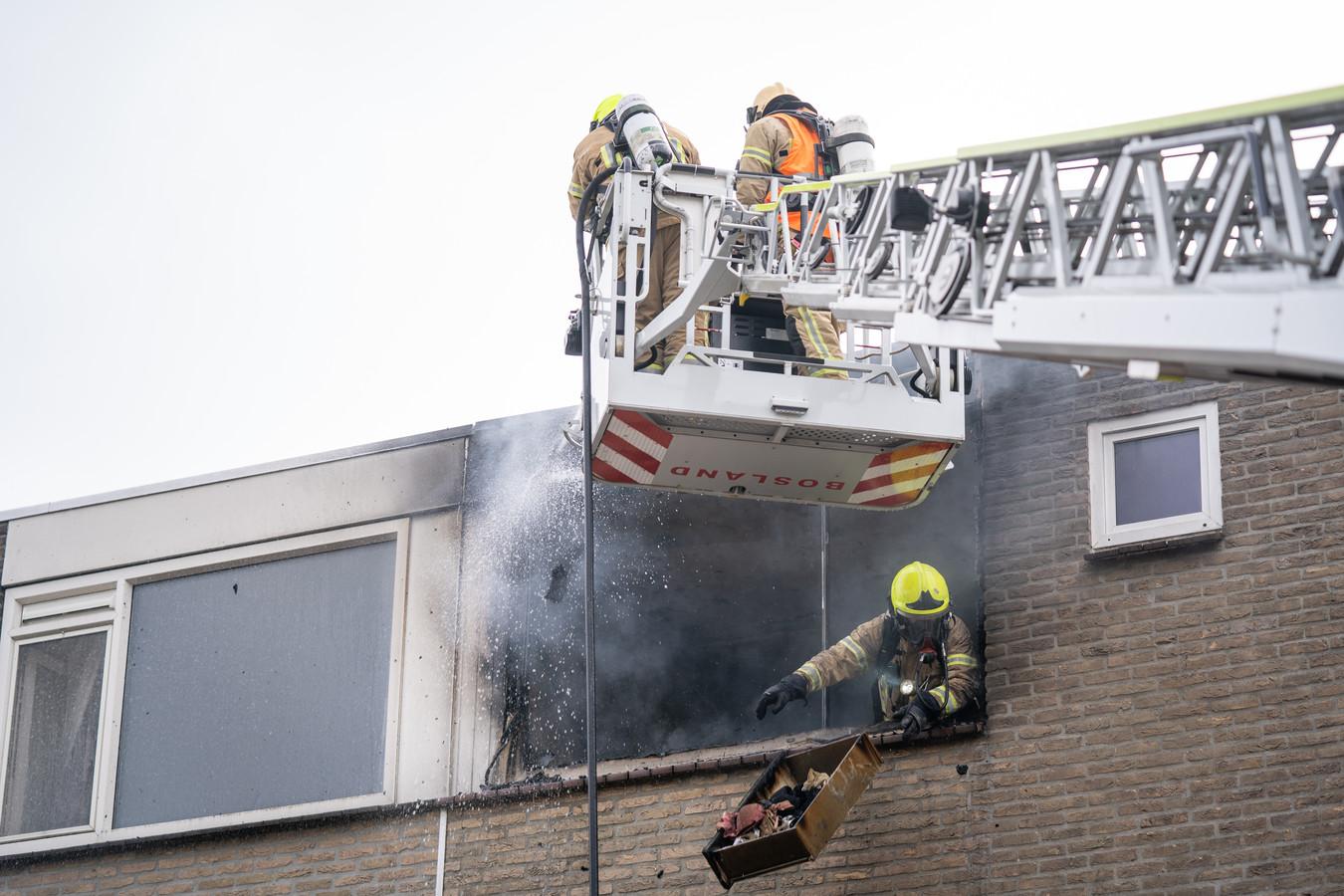Woningbrand aan de Jasmijnstraat in Ridderkerk.