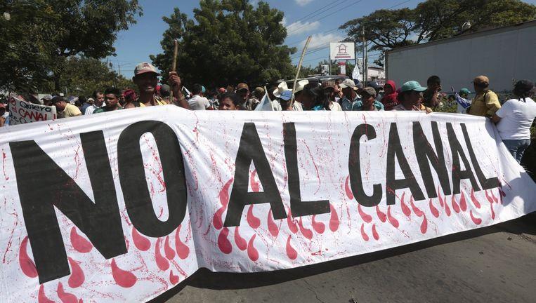 Protestmars tegen het kanaal in Managua, oktober 2015. Beeld reuters