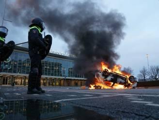 Opnieuw protest in Nederland: politie zet traangas en waterkanon in, winkels geplunderd in Eindhoven