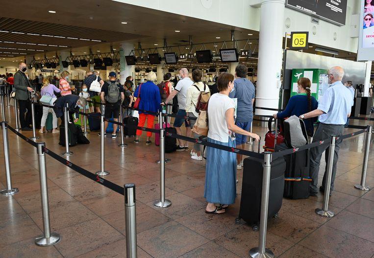 Komt het binnen enkele weken tot een staking op Zaventem? De vakbonden hopen nog op een verzoening met Brussels Airport. Beeld Photo News