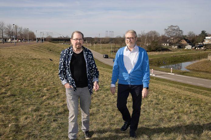 Jos Verstappen(l) en Wim Kuipers bij  de Lentse Warande.