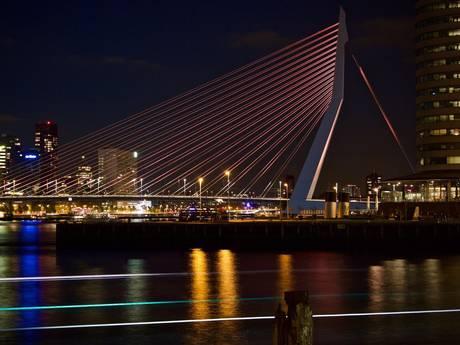 Oranje Erasmusbrug, Koningsdag in Rotterdam vier je hier...