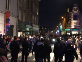 Twintiger staat terecht voor beschadigingen aan een voertuig aan Gentse Overpoort nadat zijn schoenafdruk hem verraadt
