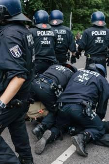 LIVE | Zeshonderd demonstranten opgepakt bij verboden coronademonstraties in Berlijn