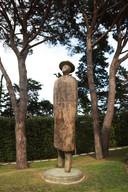 Een beeldhouwwerk (L'Envol) van de Belgische kunstenaar Jean-Michel Folon (1934-2005).