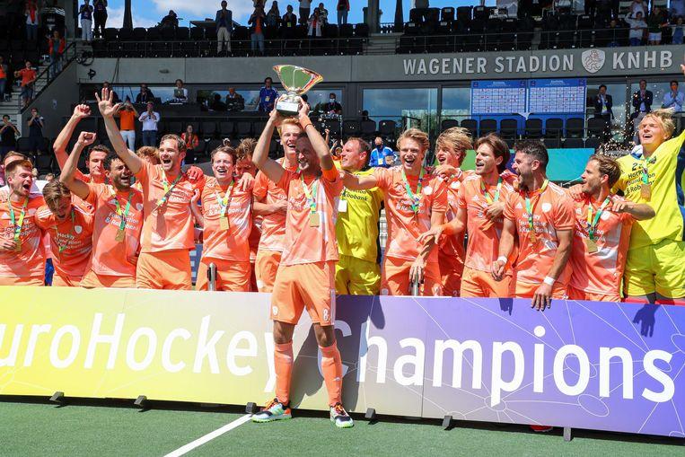 Spelers van Nederland vieren het kampioenschap; Beeld ANP