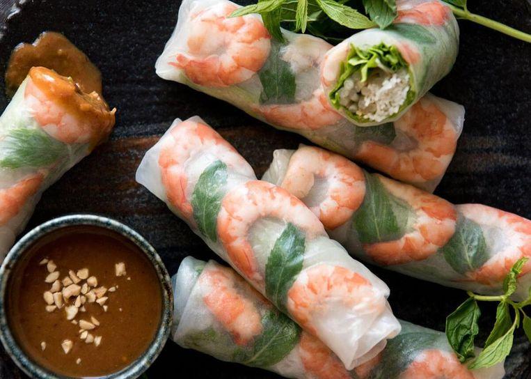 Springrolls met garnalen kun je ook bestellen op het food festival Beeld Asian Food Festival