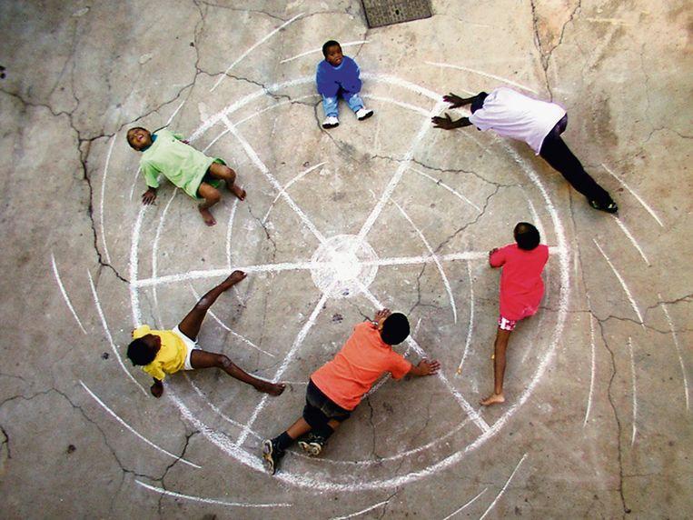 Marongrong (Colour Wheel), 2002 Beeld Robin Rhode/Stevenson