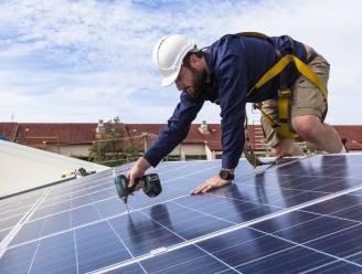 Kan een thuisbatterij nu redding brengen voor de eigenaars van zonnepanelen?