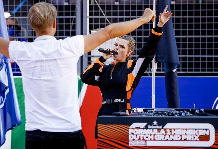 Armin van Buuren en Davina Michelle voorafgaand aan de race.