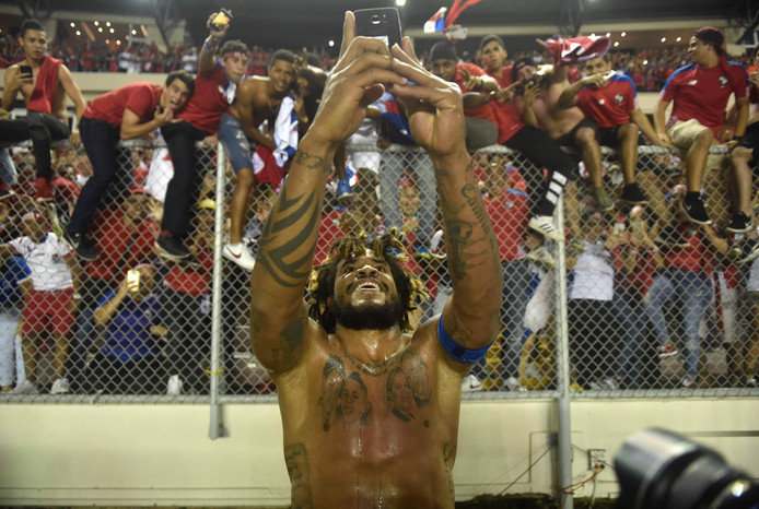 Roman Torres is de grote man in Panama na zijn winnende goal tegen Costa Rica.