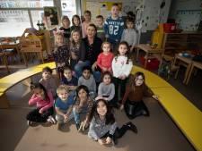 Juf Ineke neemt na 46 jaar afscheid: 'Alles en iedereen verandert, behalve kleuters'