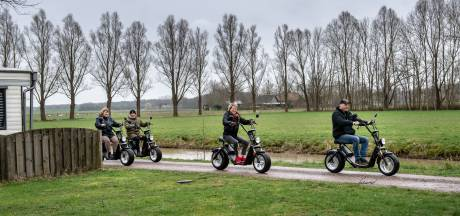 Elektrische scooters niet langer welkom op de Hoge Veluwe: 'paden worden gewoon te vol'