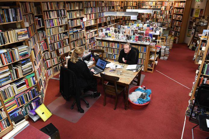 Boekenantiquariaat 't Ezelsoor aan de Veemarktstraat stopt ermee na 38 jaar.