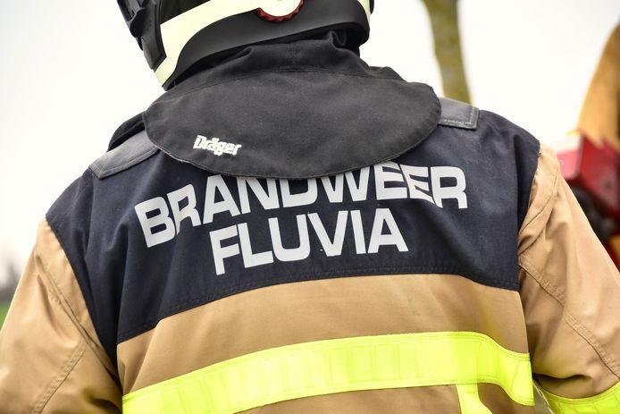 De brandweer van de zone Fluvia kwam ter plaatse om de straat weer proper te maken.