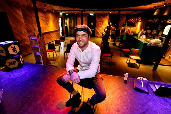 Rory Dickhoff van de Kroepoekfabriek in Vlaardingen.
