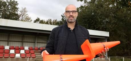 Trainer Hulsterloo blijft langer met nieuwe assistent en twee nieuwe spelers