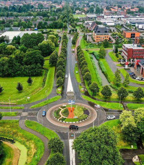 Gemeente Hoeksche Waard wil verkeersborden verplaatsen om bebouwde kom veiliger te maken
