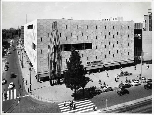 Het gebouw van de Bijenkorf.